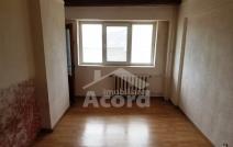 Apartament de vânzare cu o cameră, Nicolina